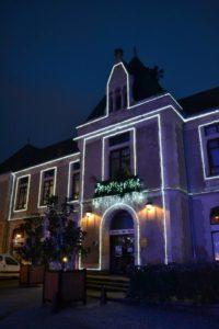 Mairie illuminée, Noël